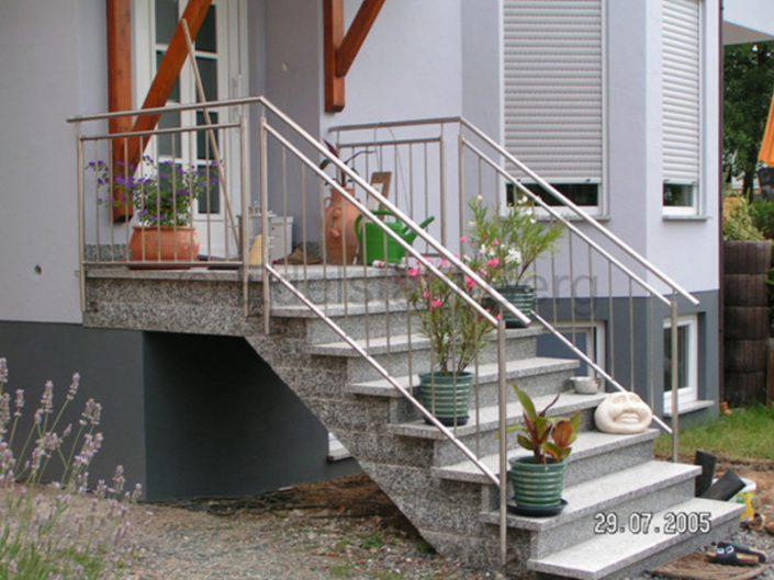 treppengel nder au en edelstahl roland berg f rth. Black Bedroom Furniture Sets. Home Design Ideas
